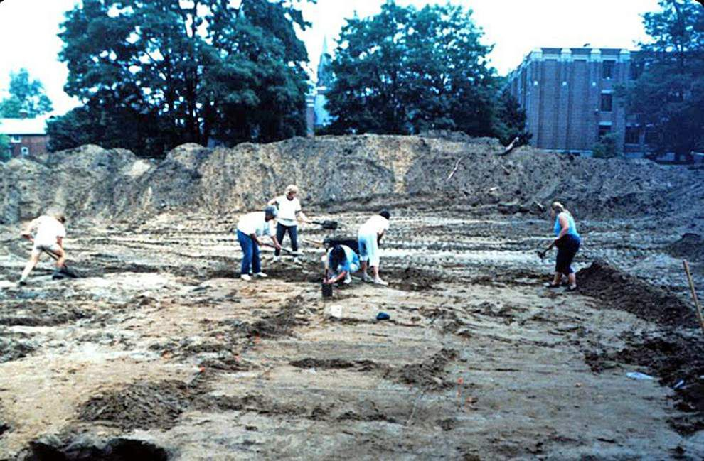 LSU professor describes lessons learned in excavation of Canadian churchyard burial ground _lowres