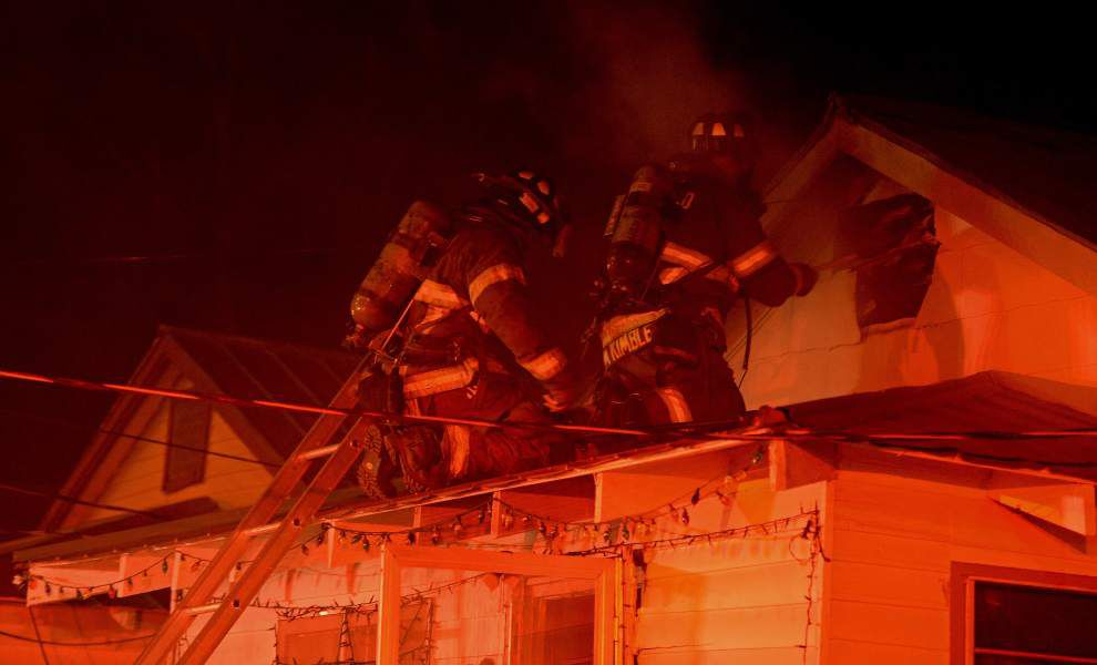 Baton Rouge fire investigators perplexed by two blazes at same house, one ruled accidental and the other as arson _lowres