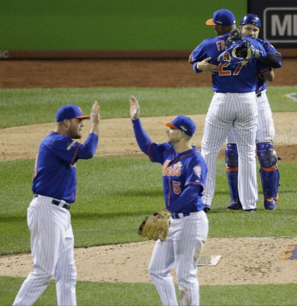 Matt Harvey, Daniel Murphy lead Mets over Cubs in NLCS opener _lowres