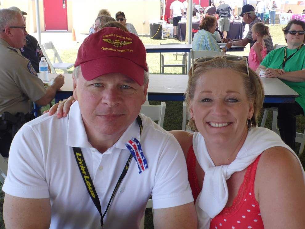 Tammany Scene: Celebrations honor veterans, new home for Chamber _lowres