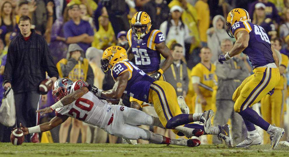 LSU climbs into top four of coaches poll, receives one first-place vote _lowres