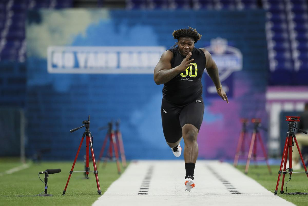 Lsu S Damien Lewis Kicks Off Nfl Combine With 40 Yard Dash See More Results Lsu Theadvocate Com