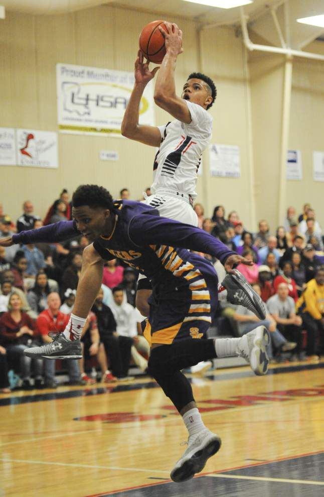 Kalob LeDoux delivers late, clutch play to push Lafayette Christian past St. Martinville _lowres