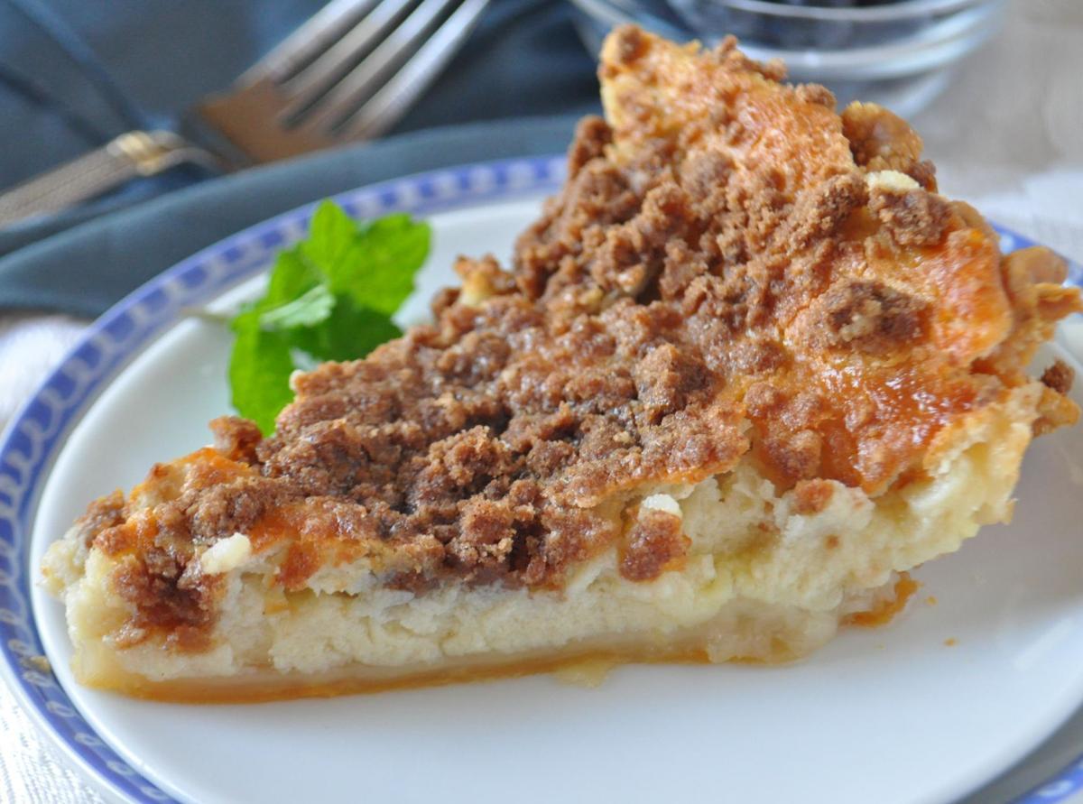 Buttermilk Streusel Pie_7603.jpg