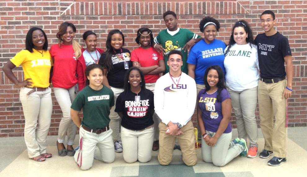 Seniors submit letters of intent _lowres
