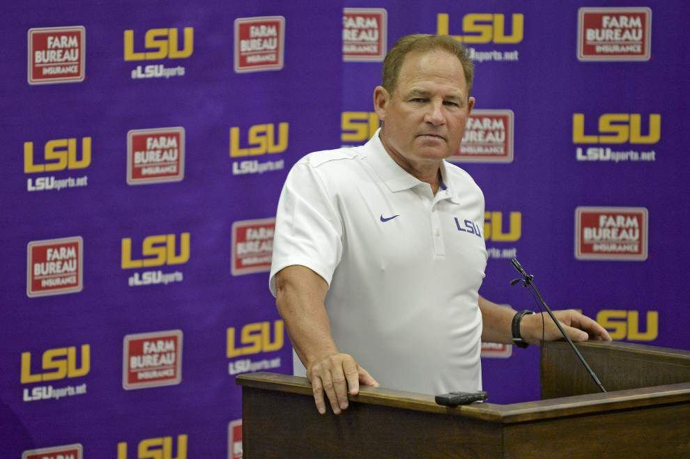 Video: Miles not looking to stop LSU's RB by committee approach _lowres