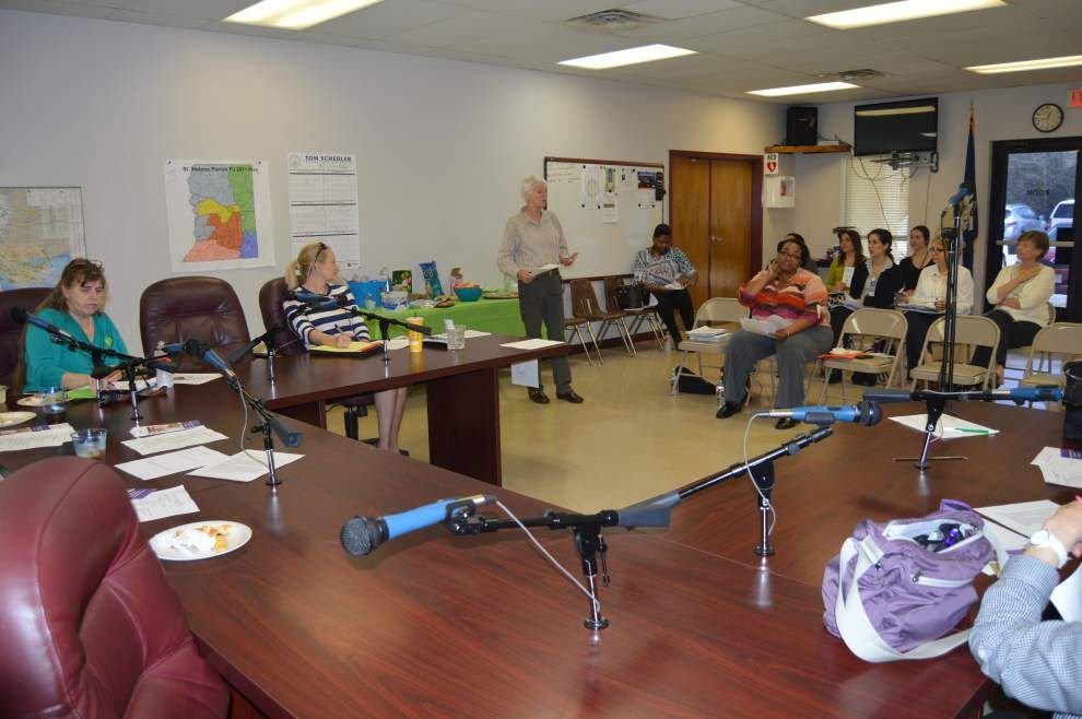 Child welfare advocates push training _lowres