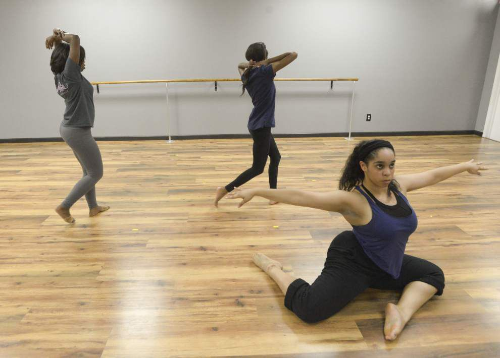 Canvases come alive with dancers' choreography in debut production 'Abstraction' _lowres
