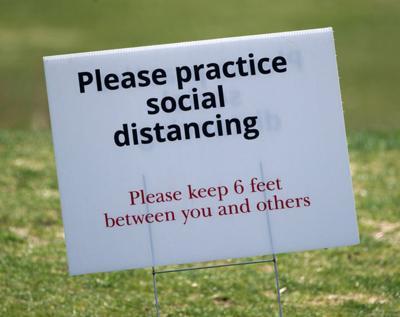 social distancing sign