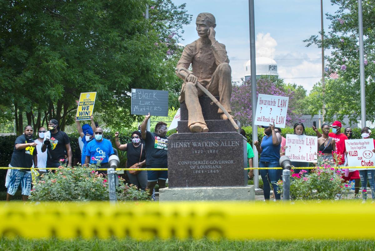 CROP BR.statueprotest.062920 TS 415.jpg