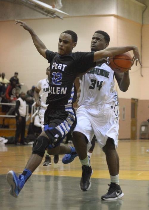 Cameron Garner plays his role well in Plaquemine win _lowres
