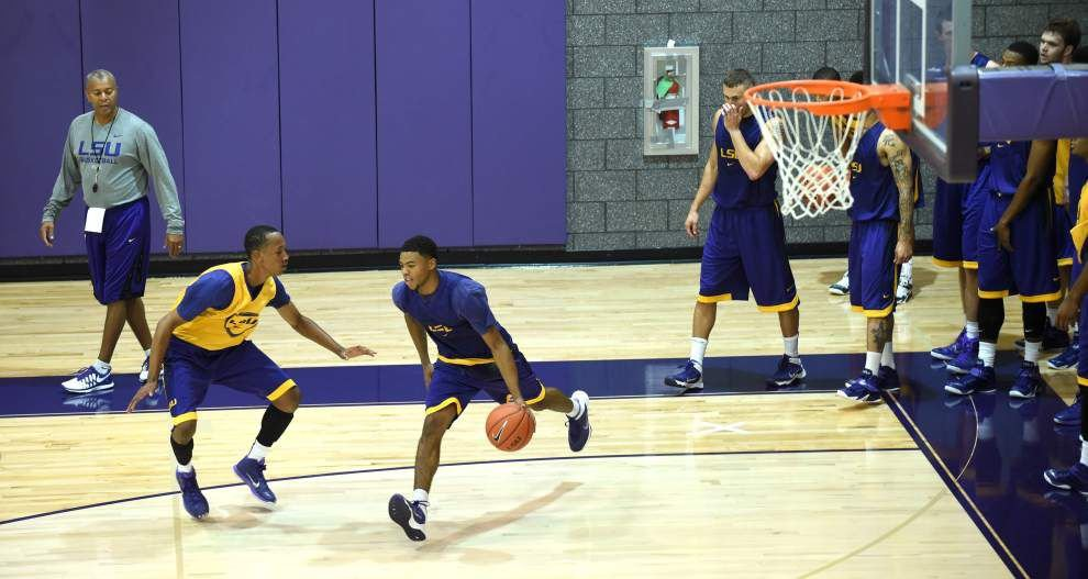 Video: The first practice of the LSU men's basketball team _lowres