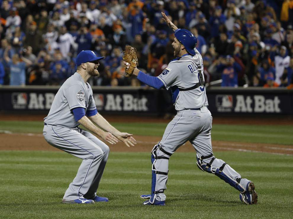 Royals rout Mets in 12th inning to claim 2nd World Series crown with 7-2 win _lowres