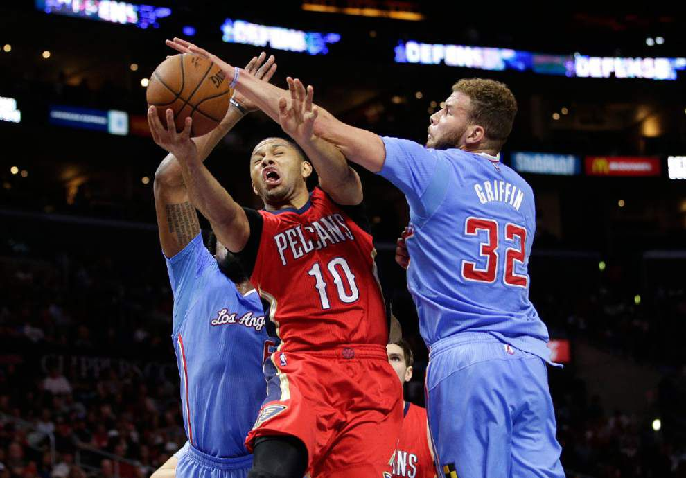 Eric Gordon doesn't start after missing team meeting _lowres