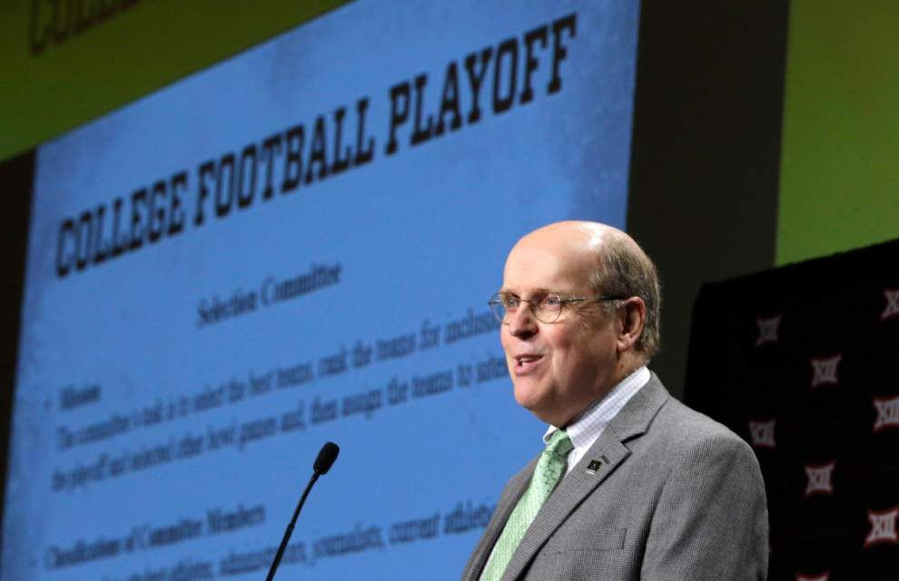 CFP semifinalists, bowl bids likely still controversial _lowres