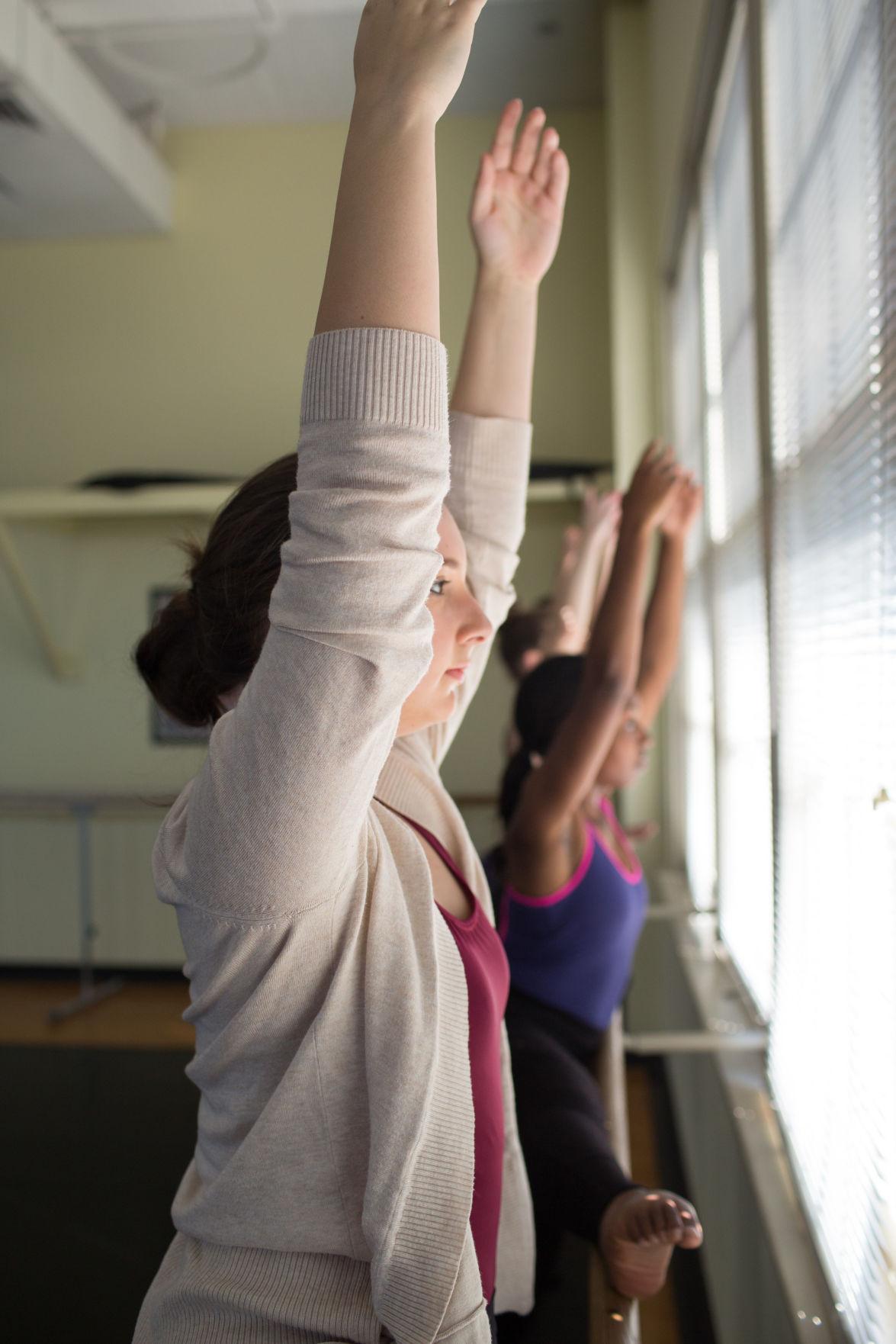 Courses in ballet, jazz, modern and dance ensemble are avil.jpg