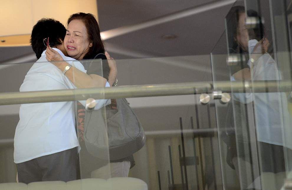 Vietnam says it may have found missing jet's door _lowres