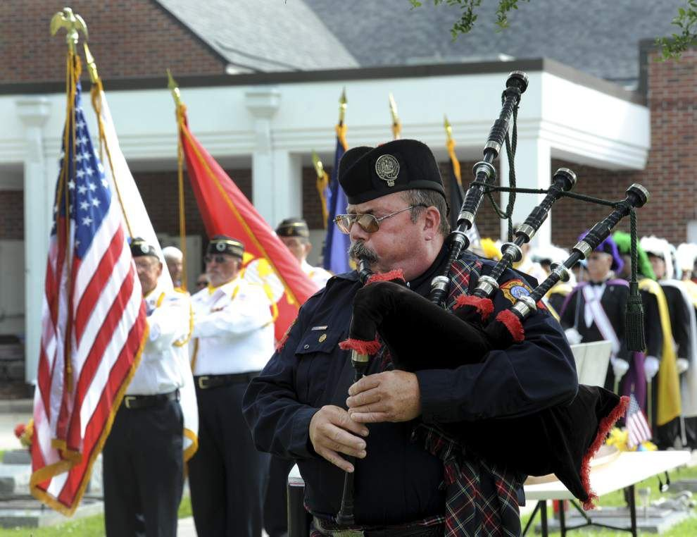 War dead, veterans honored at Memorial Day service in Lafayette _lowres