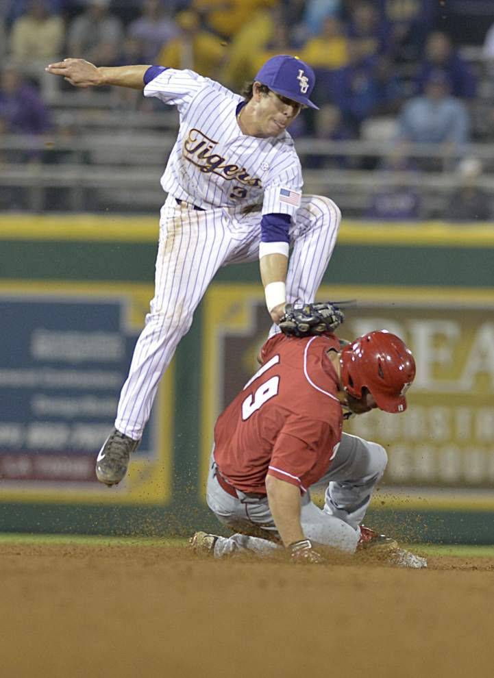Photos: Can you guess LSU baseball's record vs. UL-Lafayette in the past 10 games? _lowres