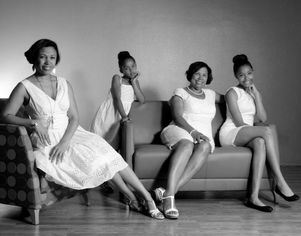 @The Library: Photographer of 'Women of a New Tribe' to speak at benefit dinner _lowres