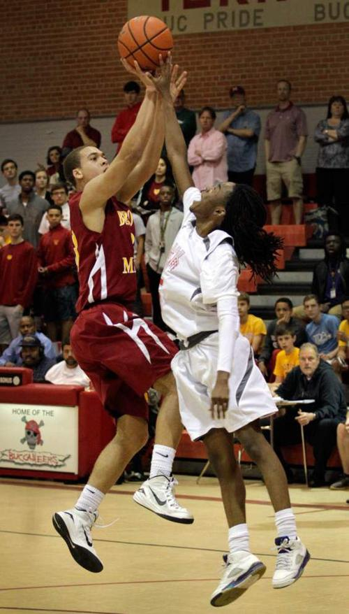 West Jeff edges Brother Martin _lowres
