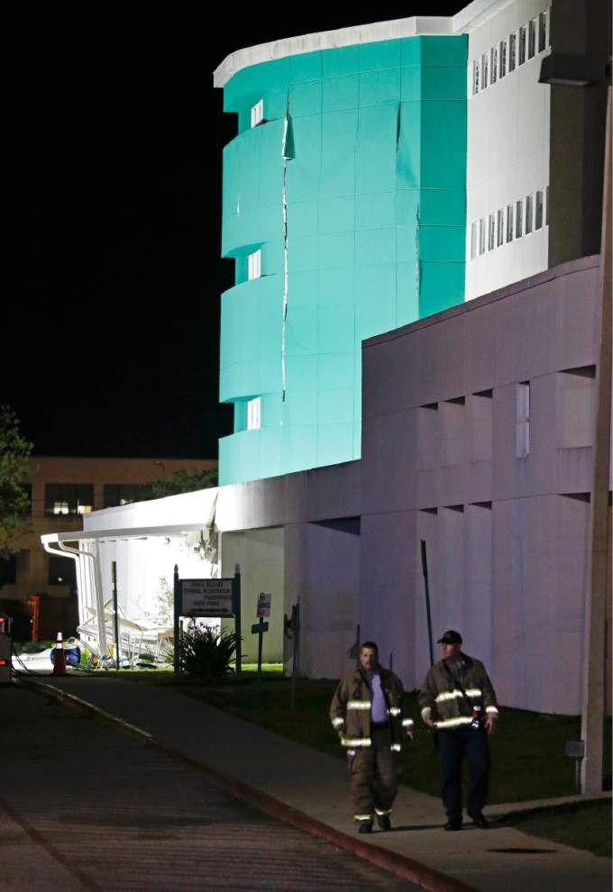 Florida jail explosion kills 2, injures 100 _lowres