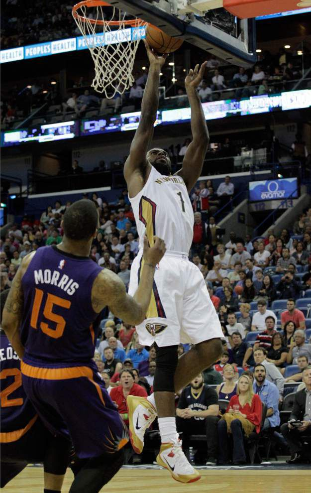 Photos: Pelican host Suns _lowres