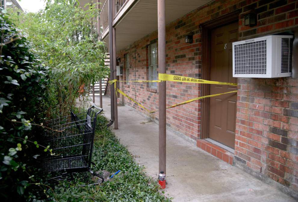 Boyfriend arrested after woman's slaying; 3 children found safe _lowres