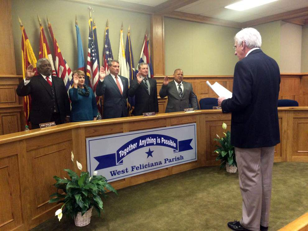 New Parish Council, Couhig sworn in _lowres