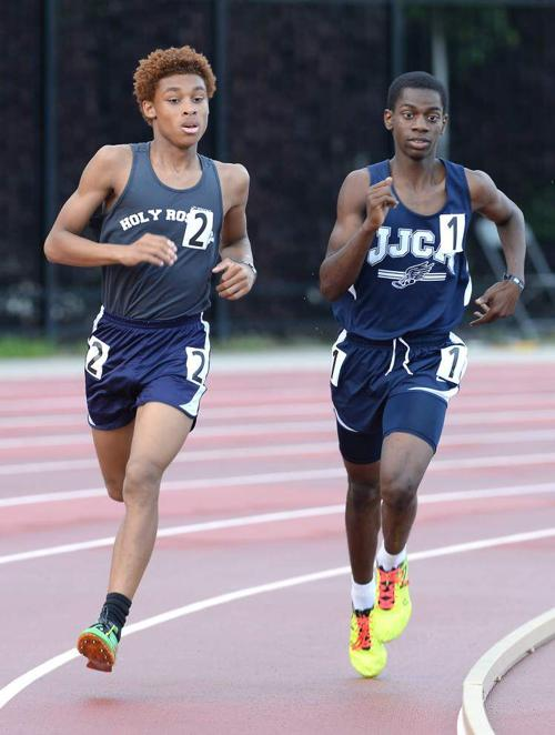 After tough loss in 1,600 meters at state meet, Jehovah-Jireh's Randy Carter Jr. comes back to take first in 800 _lowres