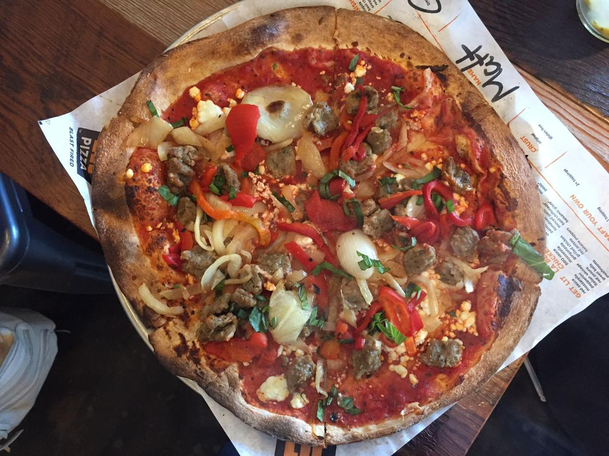 it s lit in gonzales lit pizza opens second location monday with