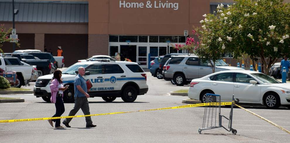 Off-duty Orleans Parish sheriff's deputy opens fire on suspect at Algiers Wal-Mart _lowres
