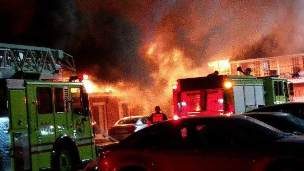 Suspected arsonist arrested after fire destroys Jefferson Highway apartment Sunday night _lowres