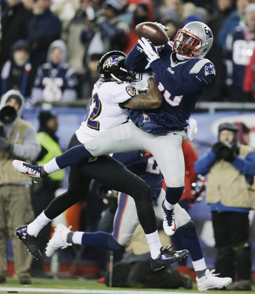 Patriots storm past Ravens to reach AFC title game _lowres
