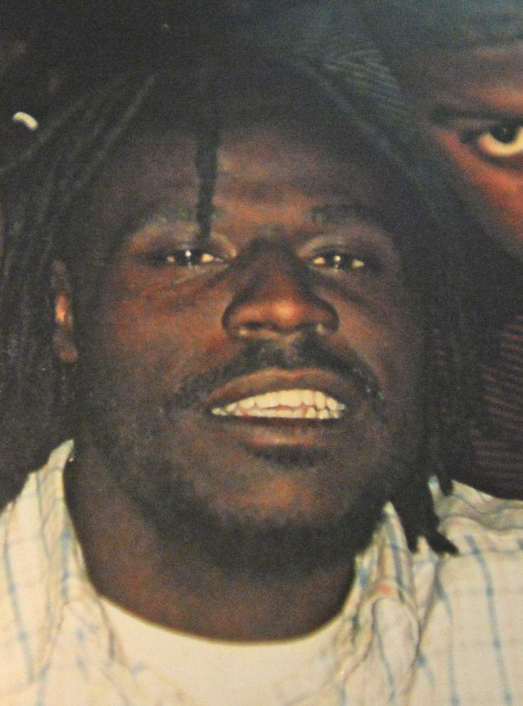 Family seeks answers in Saturday shooting death _lowres