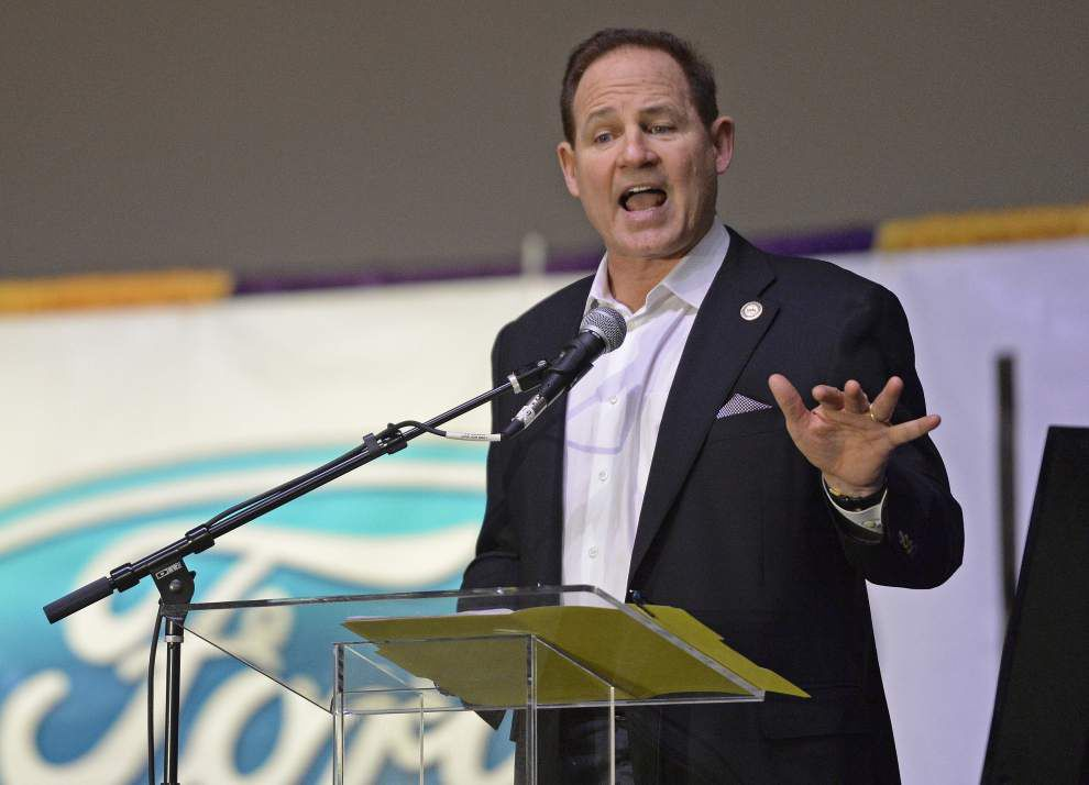 LSU coach Les Miles to USA Today: 'We're going to apply a little more elbow grease in the passing game' _lowres