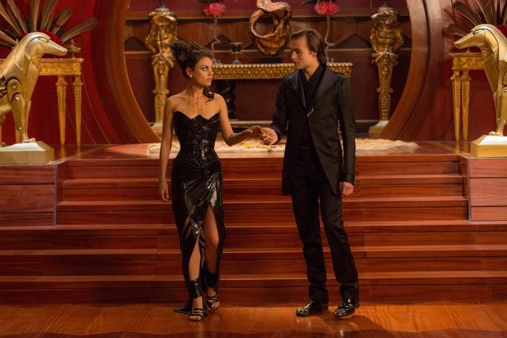 Review: 'Jupiter Ascending' a soupy cosmic fairy tale _lowres