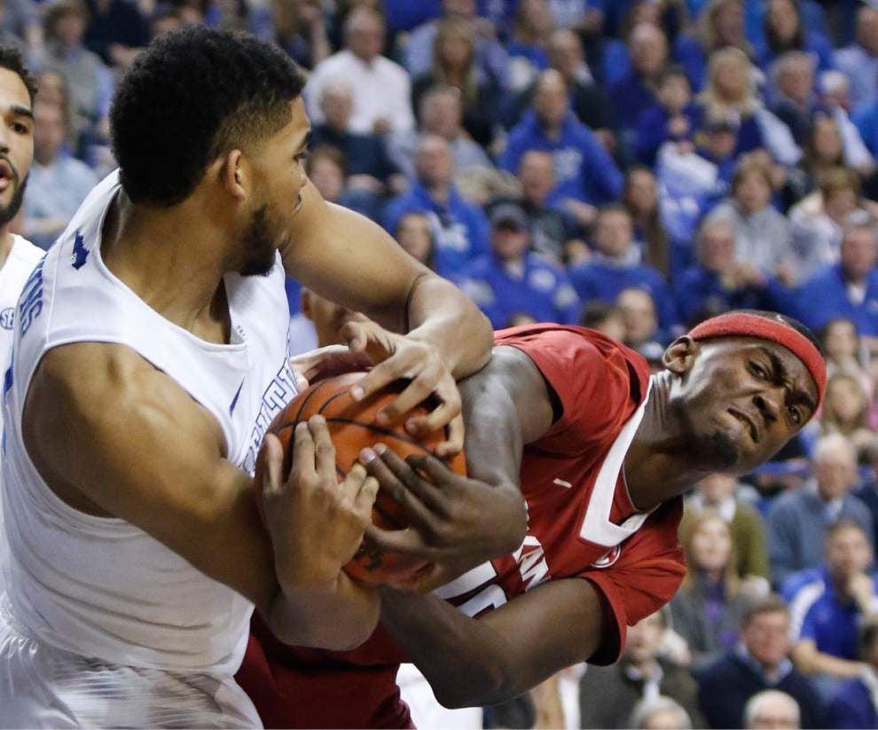 Kentucky wins SEC men's basketball title _lowres
