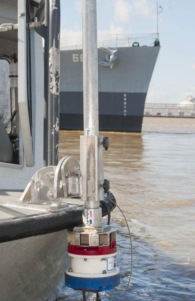Mississippi River crests in Baton Rouge, will inch lower as water leaves the floodplain for the Gulf of Mexico _lowres