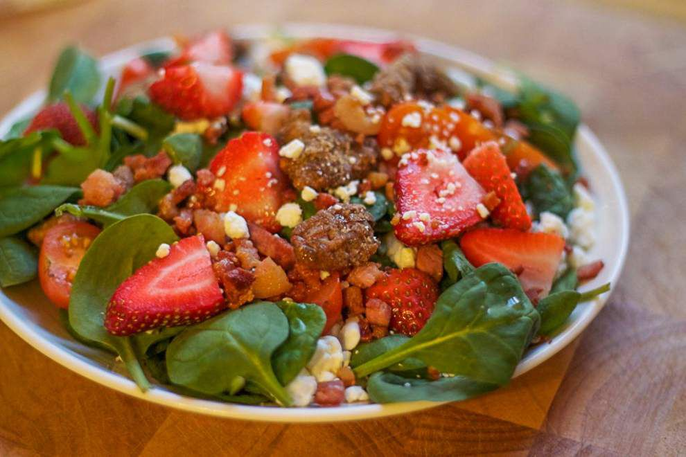 Fresh Ideas: Strawberry salad makes elegant summer meal _lowres
