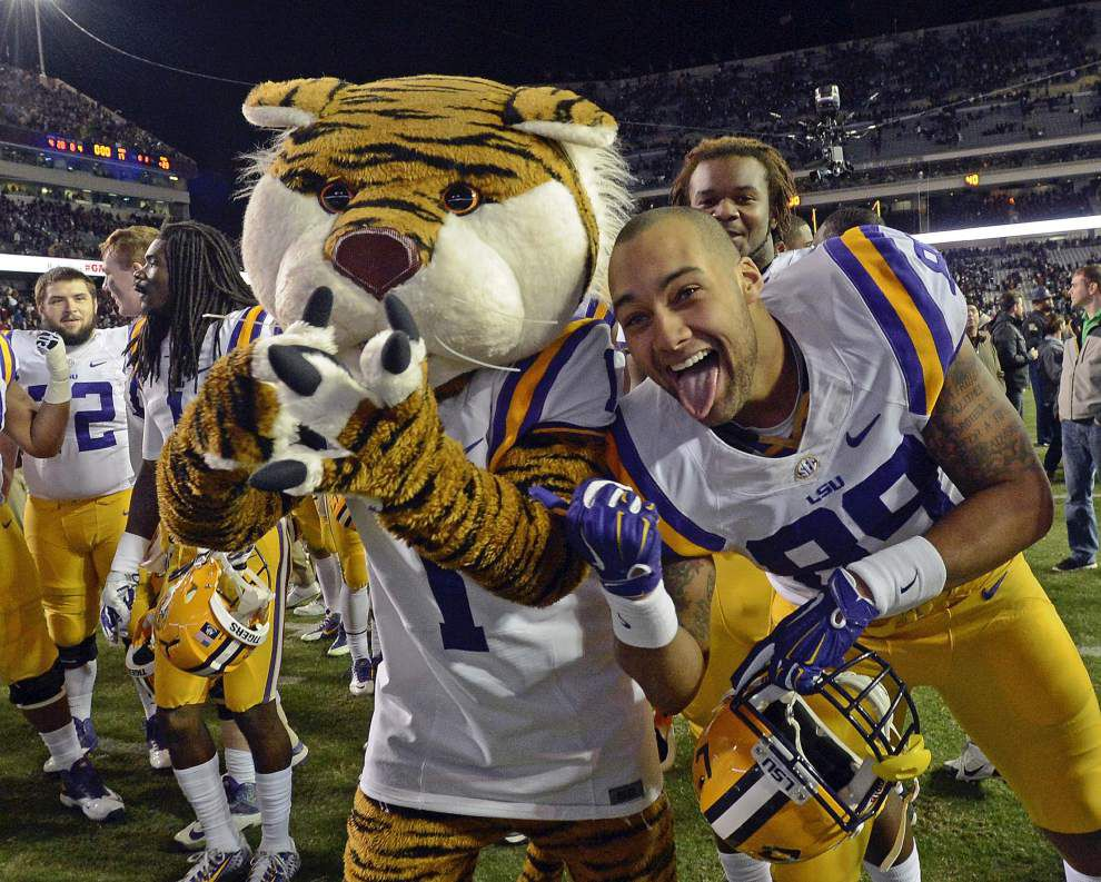 Video: LSU's bowl prospects improve thanks to win at Texas A&M _lowres