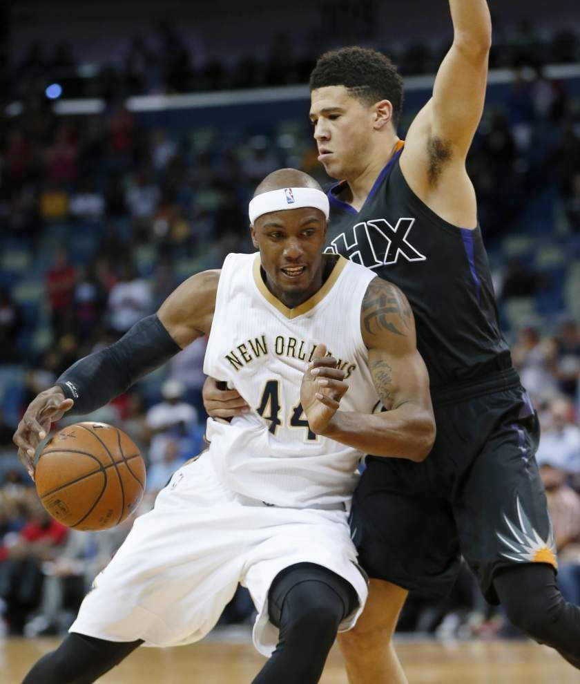 Pelicans play flat, get flattened by Suns _lowres