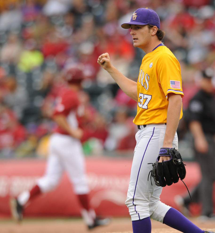 LSU wins series over Arkansas with anxiety-filled 7-4 rubber match win _lowres