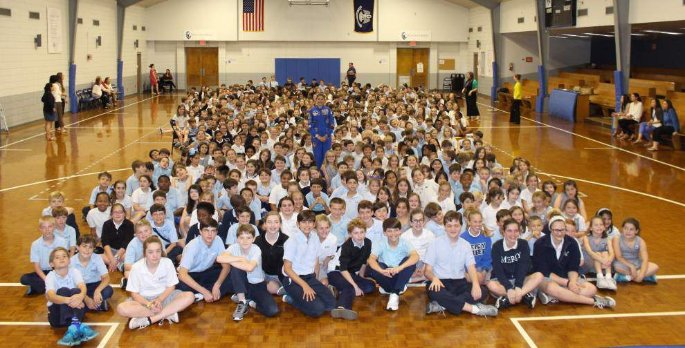 Student shares space dreams with school _lowres