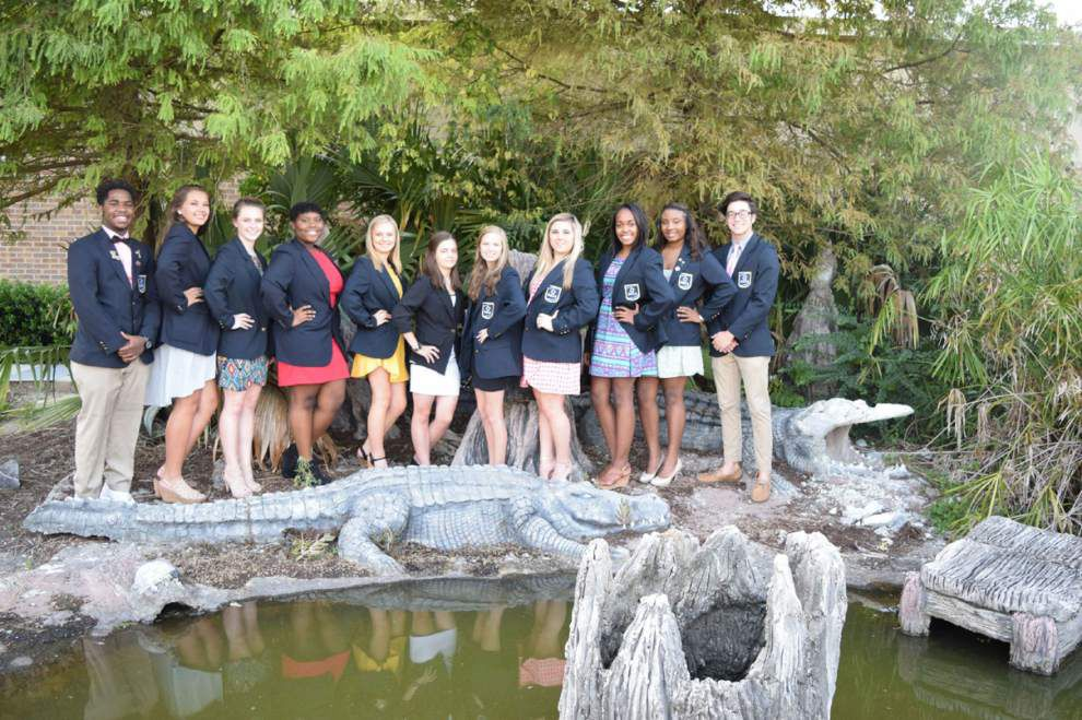 St. Amant High business club elects officers _lowres