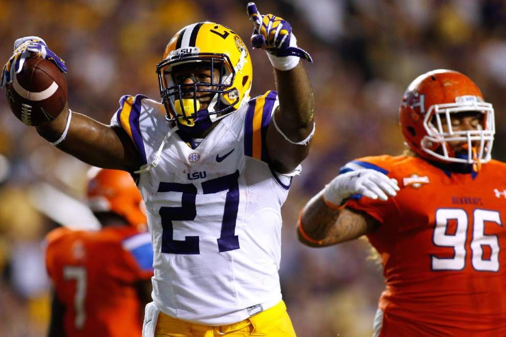 Video: LSU's Kenny Hilliard said he feels like a different running back this season _lowres