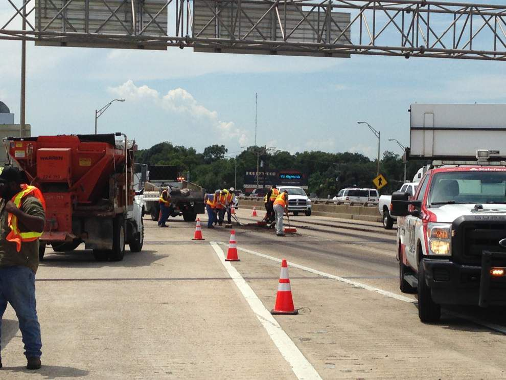 All lanes back open on I-10 East at Perkins after smelly spill _lowres