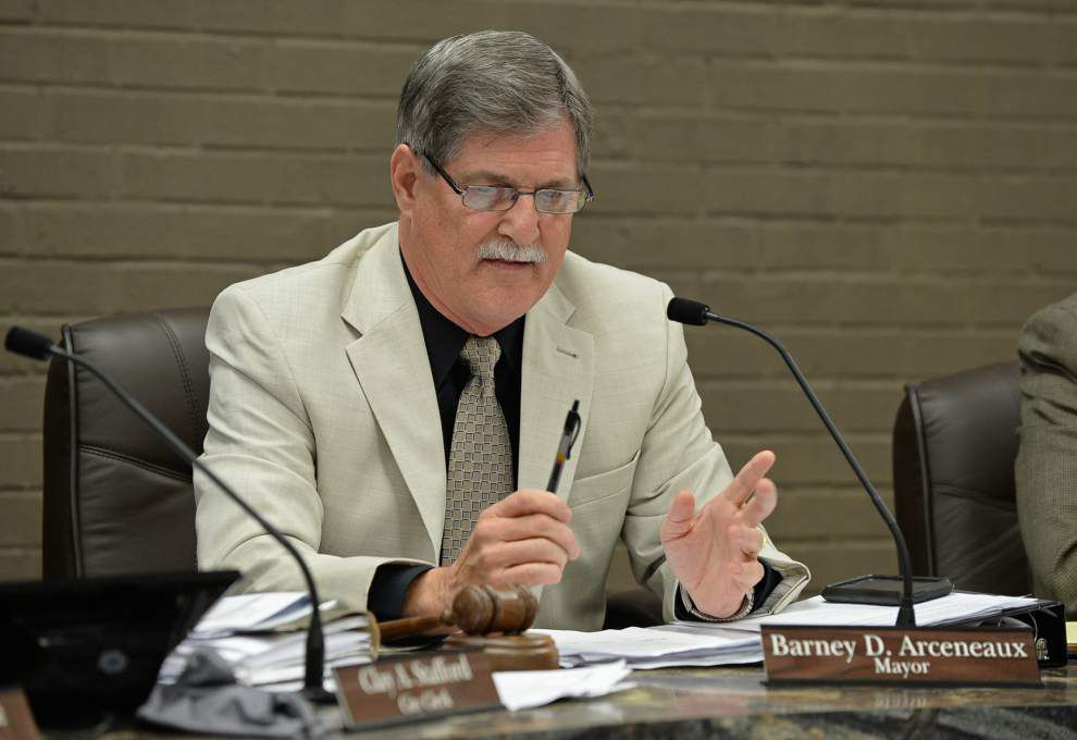 Gonzales mayor vetoes for the third time capital outlay budget, approves general fund budget _lowres