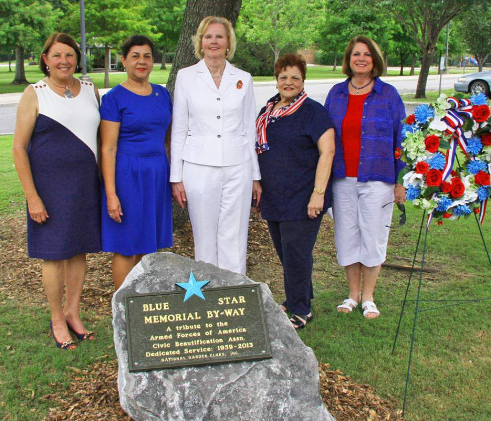 Garden club members install Blue Star marker in park _lowres