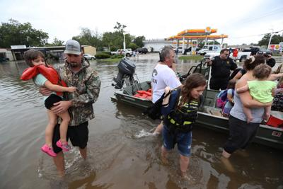 Cajun Navy's on the way: South Louisiana springs into action